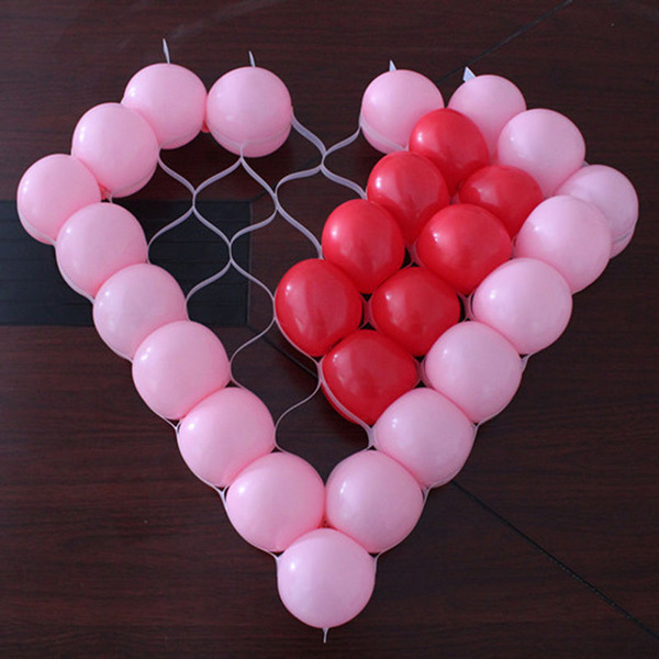 Сердце из шаров на сетке